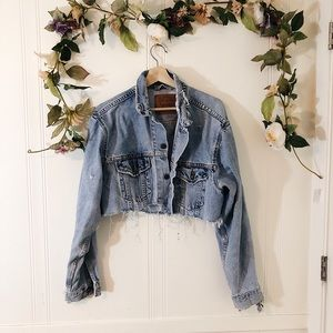 Vintage Levi's Distressed Crop Jacket sz M ✨